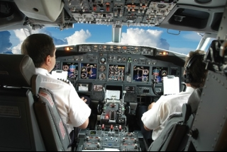 Fly a Boeing 737 - City Circuits (45 minutes) - Plus special RBG offer