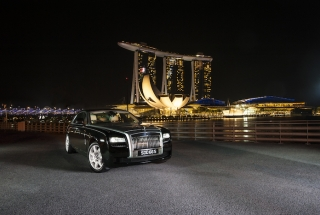 Rolls Royce Ghost Limousine Service - 60mins - New Experience Nov 2017